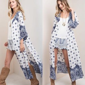 Tops - White and Navy Side Slit Duster